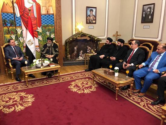 وزير الداخلية وقداسة البابا تواضروس الثانى (2)