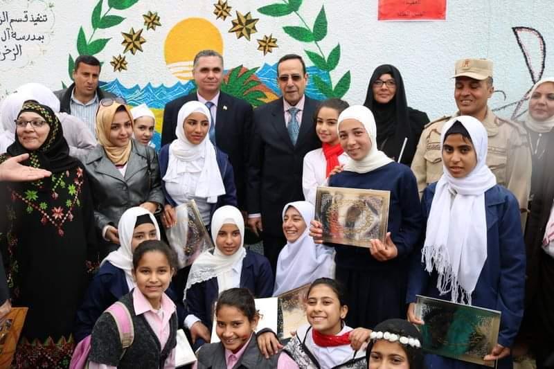 شوشة يفتتح حديقة ملاهي للطفل بمدرسة الشهيد مصطفي جاويش بالعريش (8)