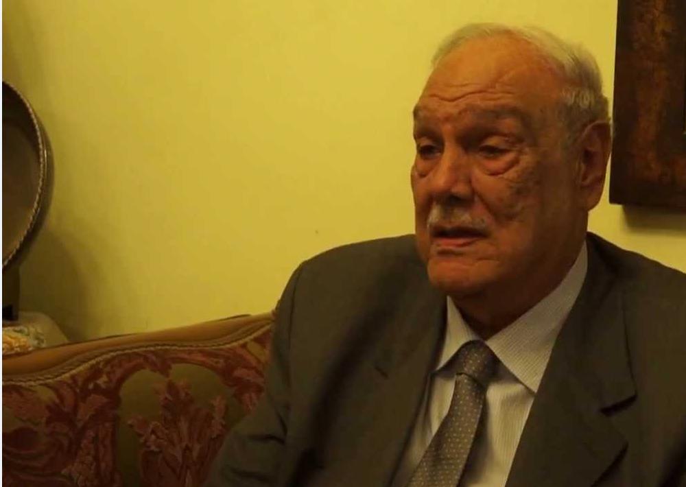 مصطفى الطويل