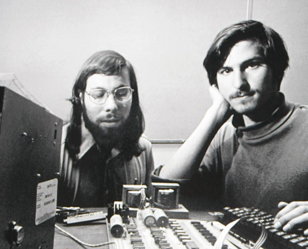 tmp_27197-Steve-Jobs-and-Steve-Wozniak-at-Apple675809754
