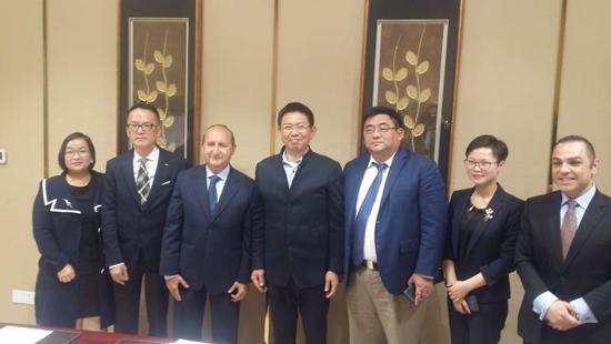 جانب من لقاءات وزير الصناعة مع شركات صينية كبرى