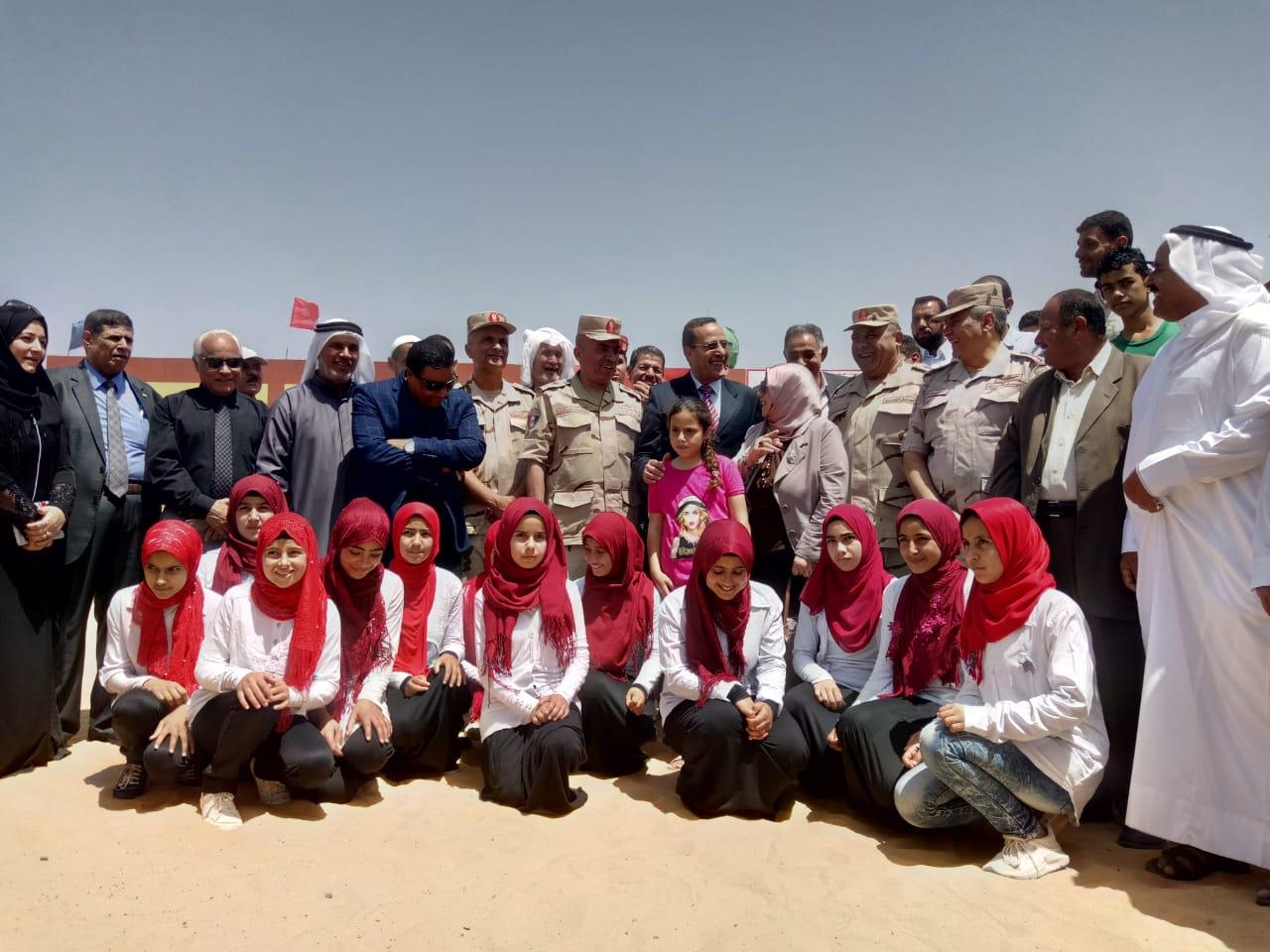 محافظ شمال سيناء يفتتح توسعات مدرسة  الشهيد رائد عمرو فريد بقرية الكرامة (5)