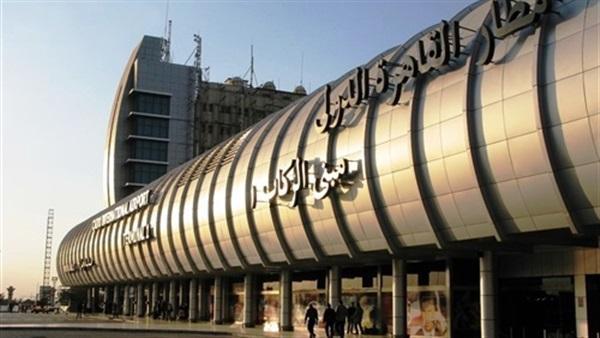 جمارك مطار القاهرة تضبط محاولات تهريب ساعات تجسس