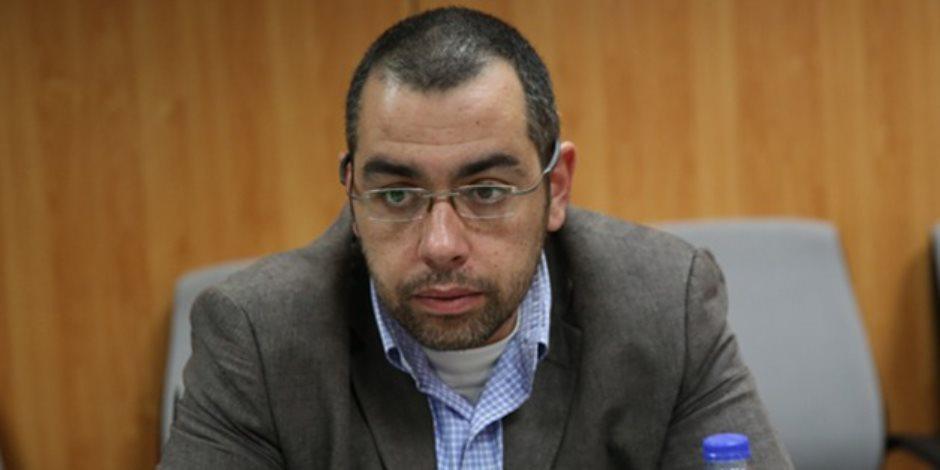 برلماني في طلب إحاطة: محافظة الجيزة لا تتصدى للإشغالات بشارع مستشفى الصدر