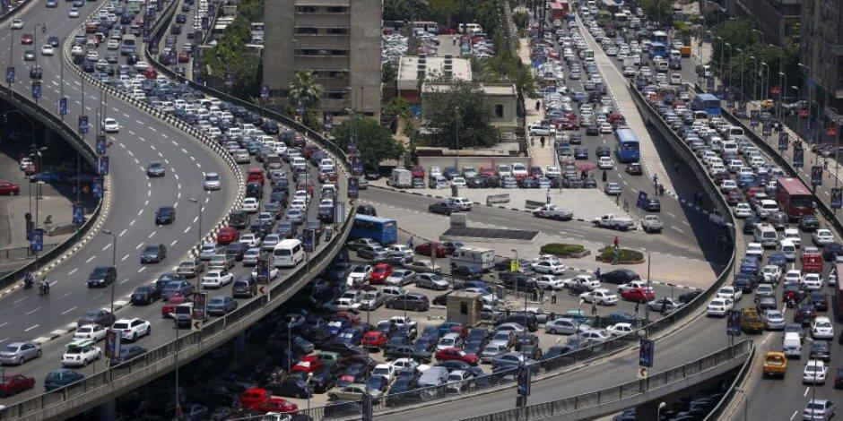 النشرة المرورية.. كثافات مرورية مرتفعة بمحاور وميادين القاهرة والجيزة