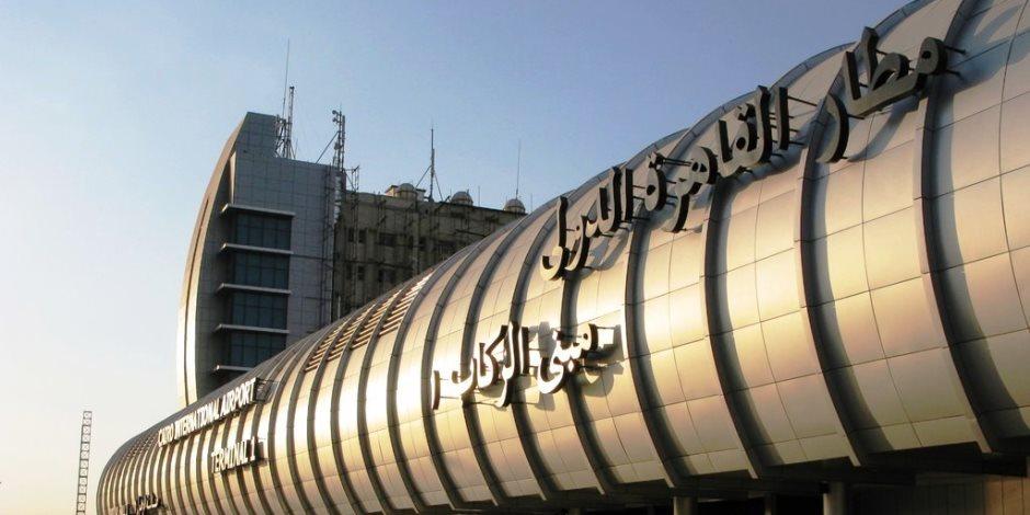 غرفة الشركات: سوء تخطيط السياحة وراء تكدس المعتمرين بمطار القاهرة