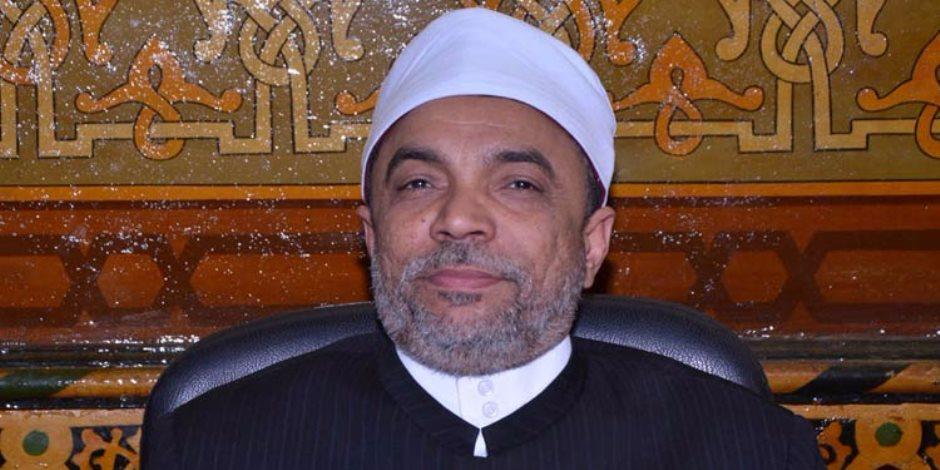 منع إمام وخطيب مسجد عمر بن عبد العزير في «مدنتي» من صعود المنبر