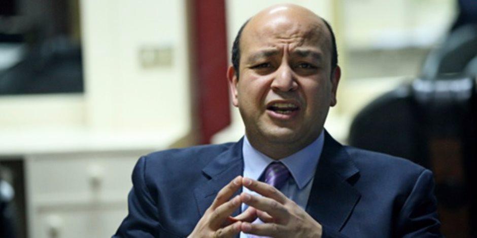 """عمرو أديب بـ """"ON E"""": هاكرز اخترق خدمة """"الوطن"""" الإخبارية وأرسل خبر مزيف بشأن الجيش"""