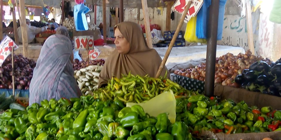 سوق الخضار الفاكهة والسمك اليوم الثلاثاء