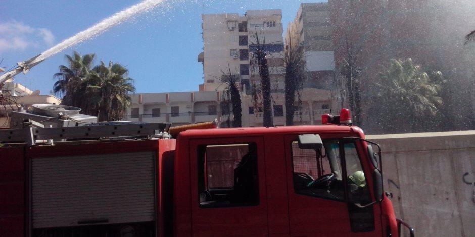 السيطرة على حريق هائل بمصنع زيوت معدنية بالعامرية غرب الإسكندرية