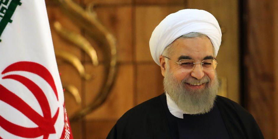 الحرب الكلامية تشتعل بين واشنطن وطهران.. والانتفاضة الإيرانية ورقة أمريكا للضغط على الملالي