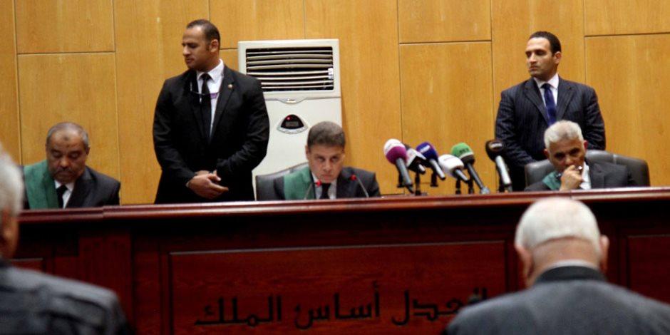 إعادة محاكمة مرسى و23 آخرين في «التخابر مع حماس».. 10 مايو