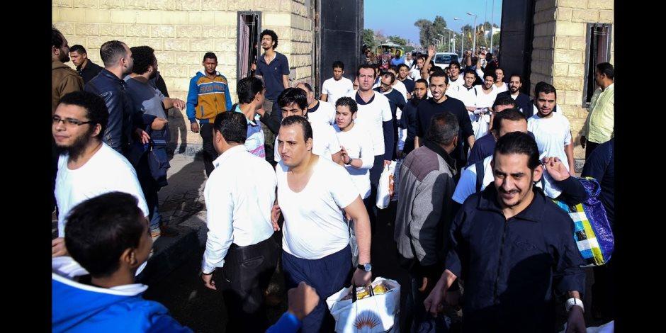 بمناسبة ذكرى تحرير سيناء.. السجون تفرج عن 585 سجينًا بعفو رئاسي