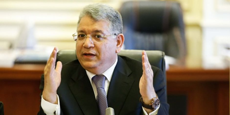 برلماني لطارق شوقي: «مينفعش تبعتلي حاجة سرية وألاقيها على النت من 2017»