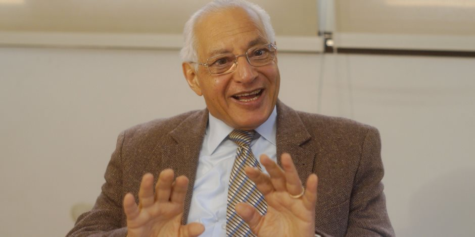 على الدين هلال لـصوت الأمة: صمت مبارك عن التوريث ورطنا