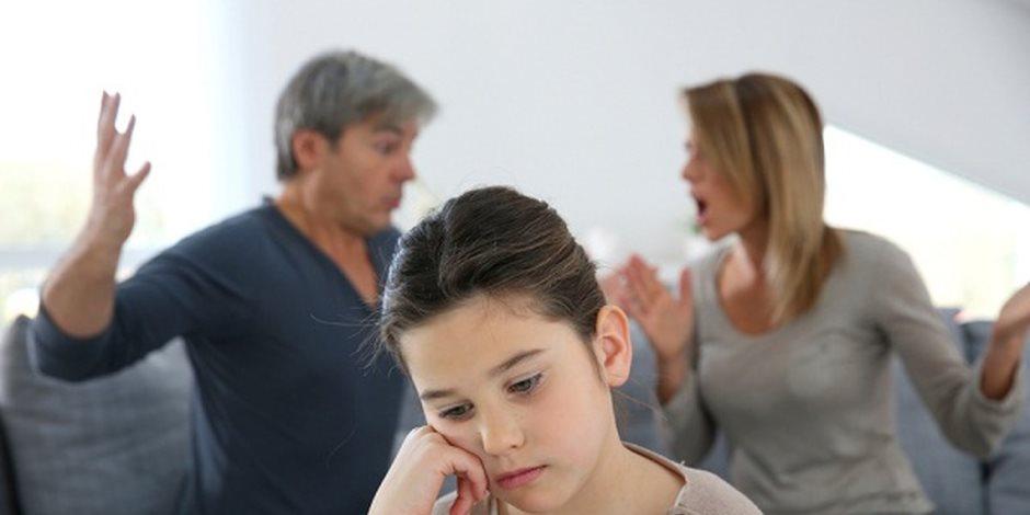 هل تعاني الأمرين للجلوس مع أطفالك؟.. 4 خطوات قانونية حال امتناع الحاضنة عن تنفيذ «الرؤية»
