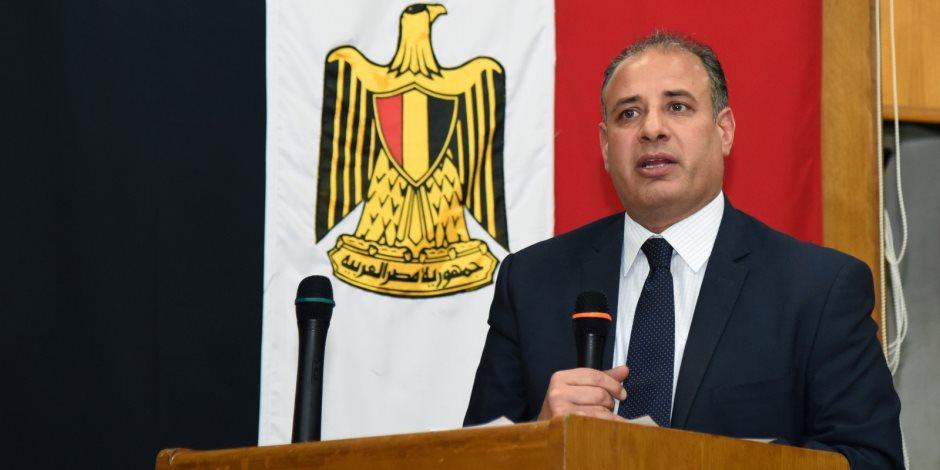 محافظ الاسكندرية: إنشاء إدارة متخصصة بشؤون للمستثمرين والمناطق الصناعية