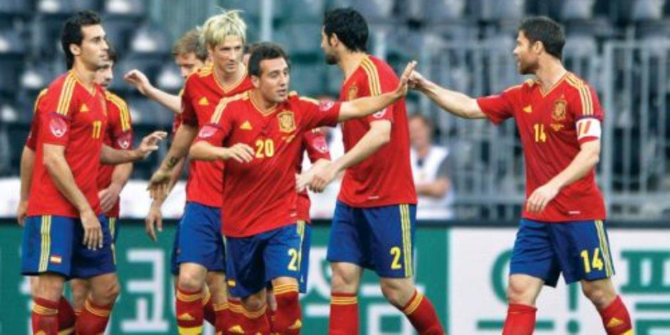 بعد ساعات من الإطاحة بـ«لوبتيجى».. الاتحاد الإسباني يعين فرناندو هييرو مدربا جديدا للمنتخب