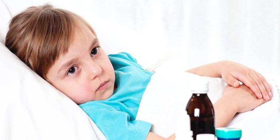 سخونة الأطفال «بعبع» الأمهات.. أخطاء لا تفعليها مع ارتفاع حرارة طفلك