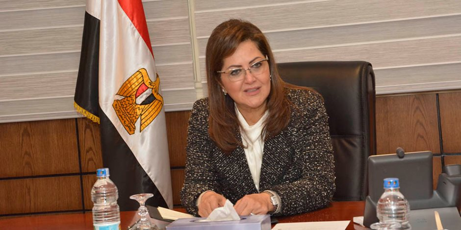 بعد منعها تعيين أبناء العاملين.. هل تنجح وزيرة التخطيط في إصلاح الجهاز الإداري للدولة؟