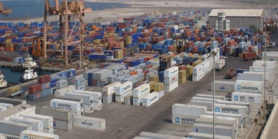 حركة الركاب والبضائع بموانئ البحر الأحمر اليوم