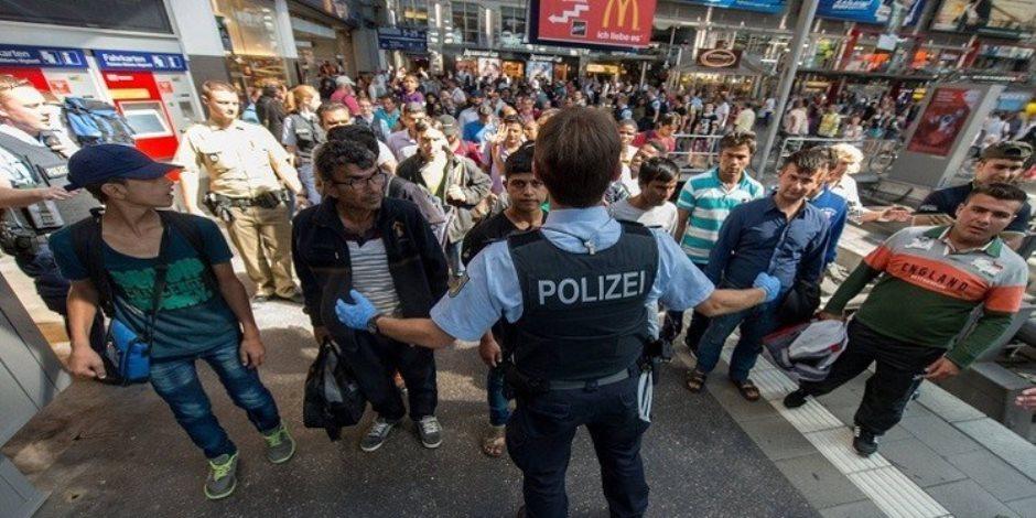 «التحول من الإسلام للمسيحية».. بوابة لدخول اللاجئين لألمانيا عبر الكنائس
