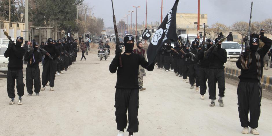 بعد إعلان العبادي نهاية داعش.. العراق تحبط محاولة تسلل للتنظيم