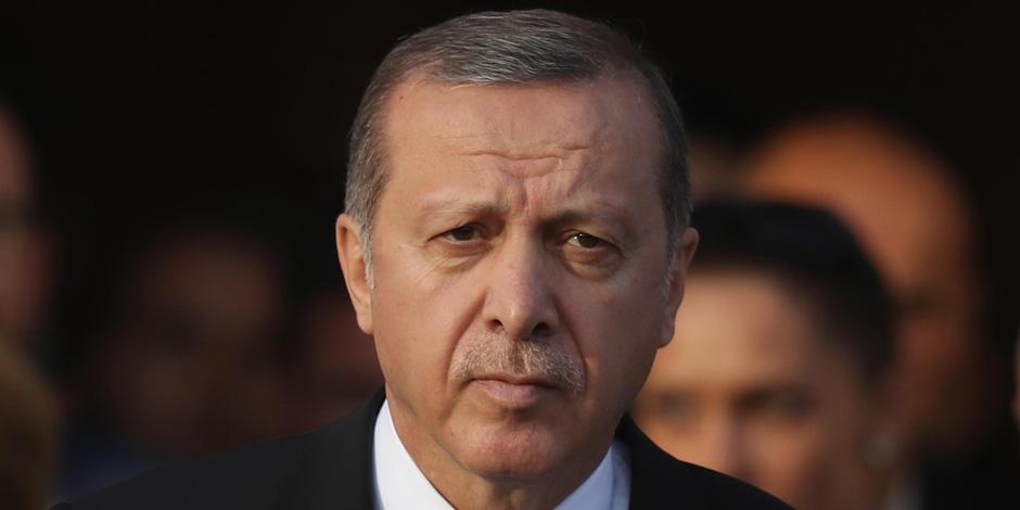 قمع وإذلال الضباط والجنود لصالح الإخوان.. خطة الديكتاتور أردوغان لتسريح الجيش التركي