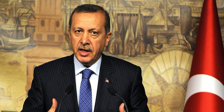 أن تجعل البلد على مقاسك تماما: رجب أردوغان.. حكاية سياسي يحب نفسه أكثر من الوطن