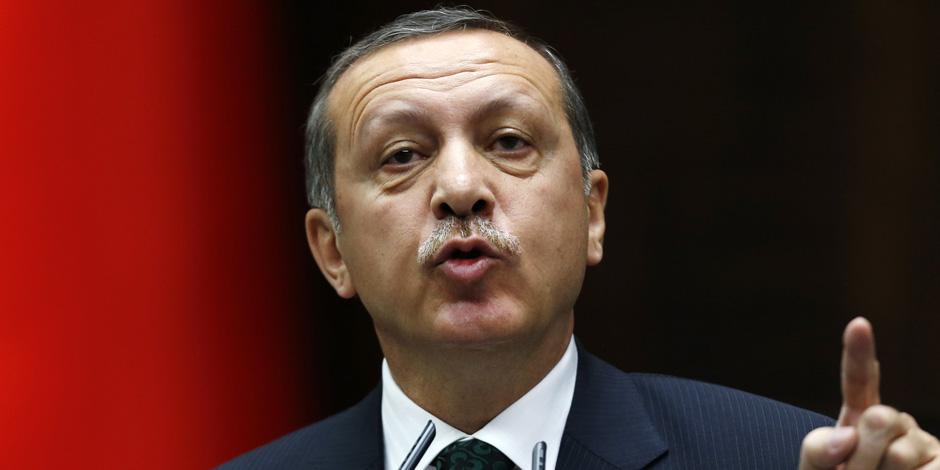 أردوغان يثير الفتنة بين الهلال والصليب للحشد للانتخابات الرئاسية