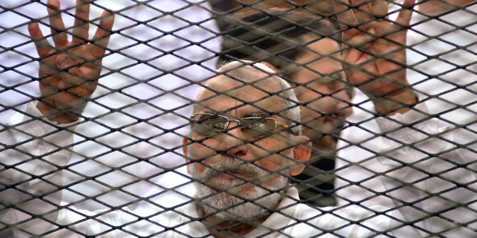 """بدء سماع الشهود فى محاكمة بديع و 738 متهما بـ""""فض اعتصام رابعة"""""""