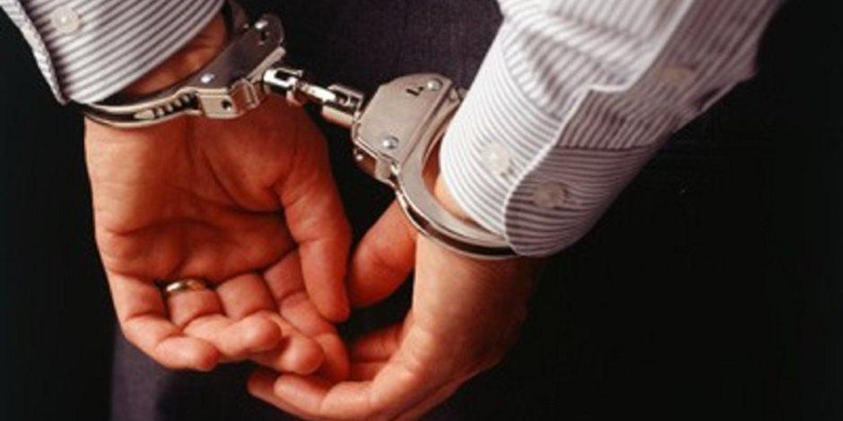 القبض على بائع حاول قتل زميله بسبب الخلاف علي أولوية البيع أعلى كوبري الخشب