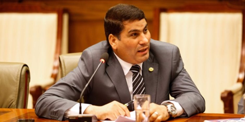 برلماني: «الصناديق الخاصة عاوزة حاوى لكى تُفتح للمسئولين»