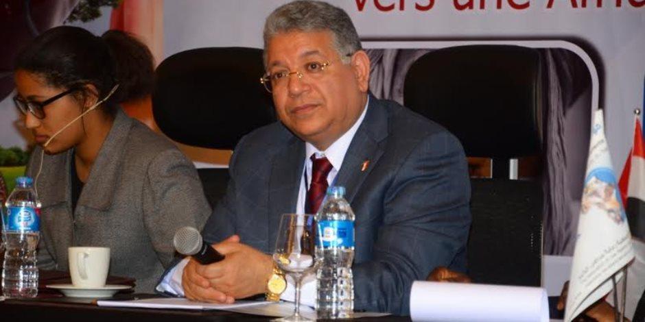 شيحة: 20 قرية مصرية خالية من فيروس سي