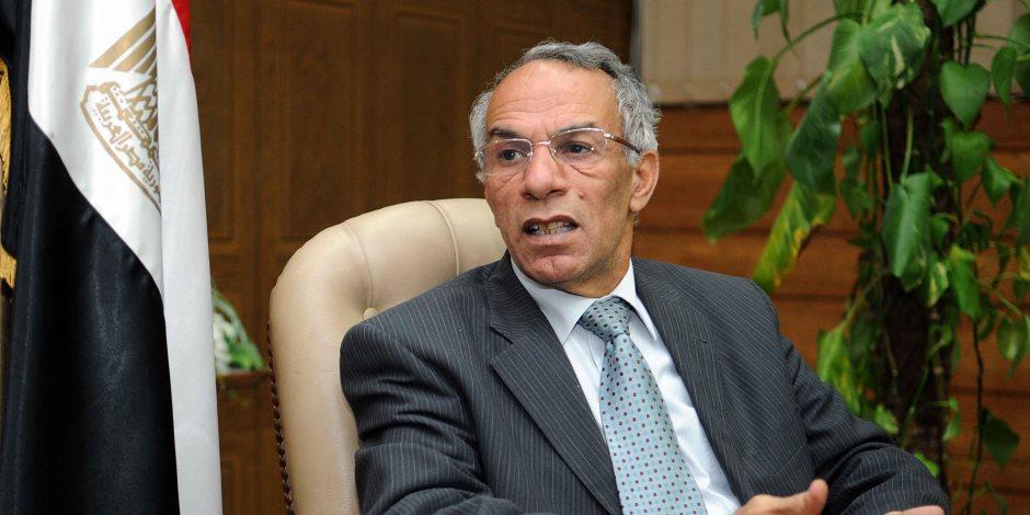 محافظ شمال سيناء يؤكد ضرورة التوسع في إقامة التجمعات التنموية المتكاملة