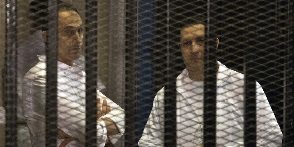 قبول طلب علاء وجمال مبارك برد قاضى «التلاعب فى البورصة»