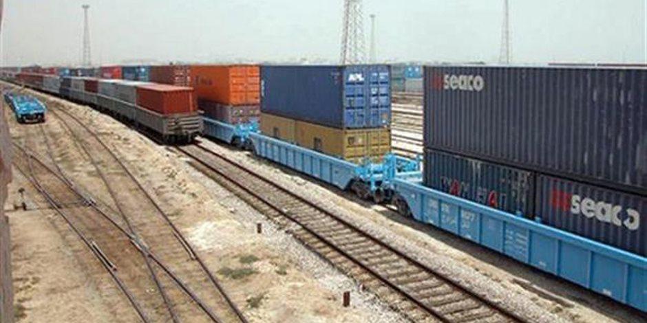 1000 كيلو في خدمة التنمية.. 10 معلومات عن خط البضائع بين أسوان وميناء الإسكندرية