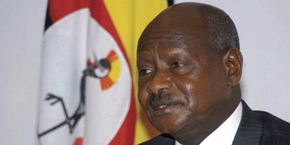 رئيس أوغندا: السيسي محارب أنقذ مصر من التطرف ويذكرنا بجمال عبد الناصر