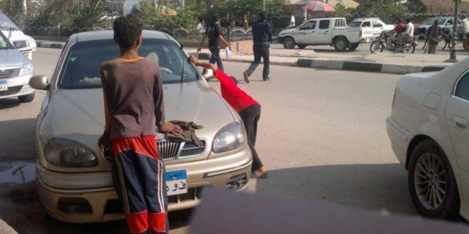 ظاهرة تحويل الشوارع لجراجات.. انسداد في شرايين مصر