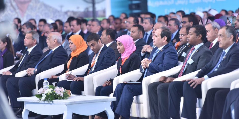 الرئيس في مؤتمر الشباب: «كل أبناء مصر يضحون من أجلها»