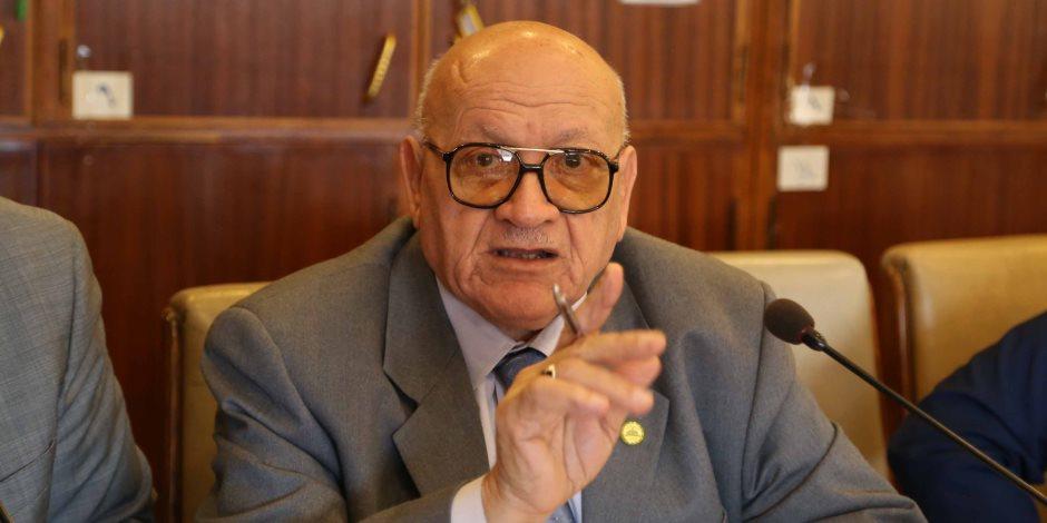 عبد المنعم العليمي: سحب الثقة ينتظر وزير التعليم إذا غاب عن جلسات البرلمان