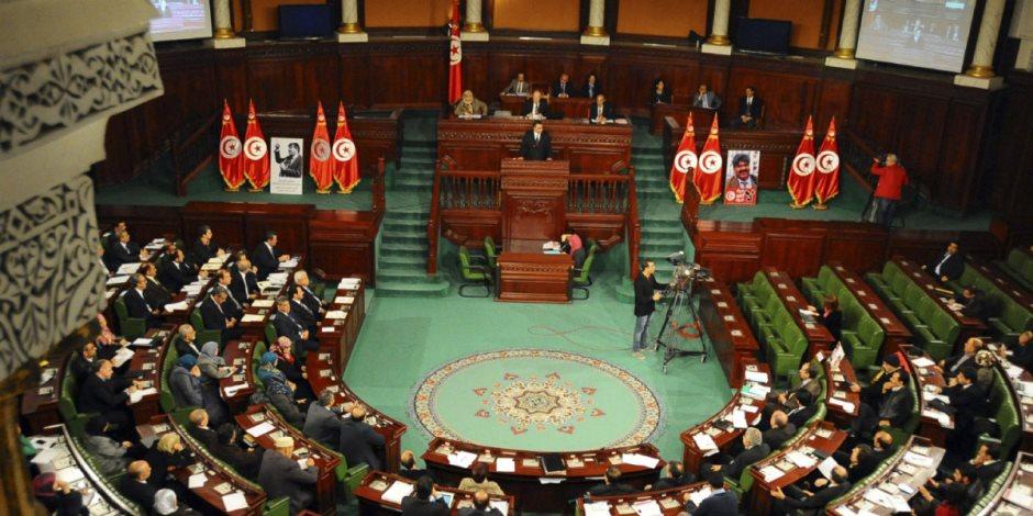 وسط مطالب باستقالة الحكومة التونسية.. البرلمان يصادق على تعيين وزير الداخلية الجديد