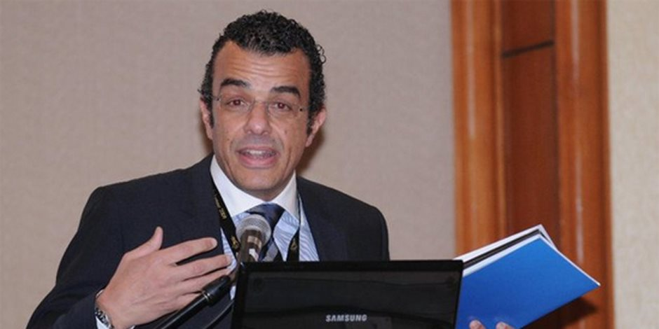 خالد مرتجي يترأس اجتماع لجنة «حضور المباريات» في الأهلي