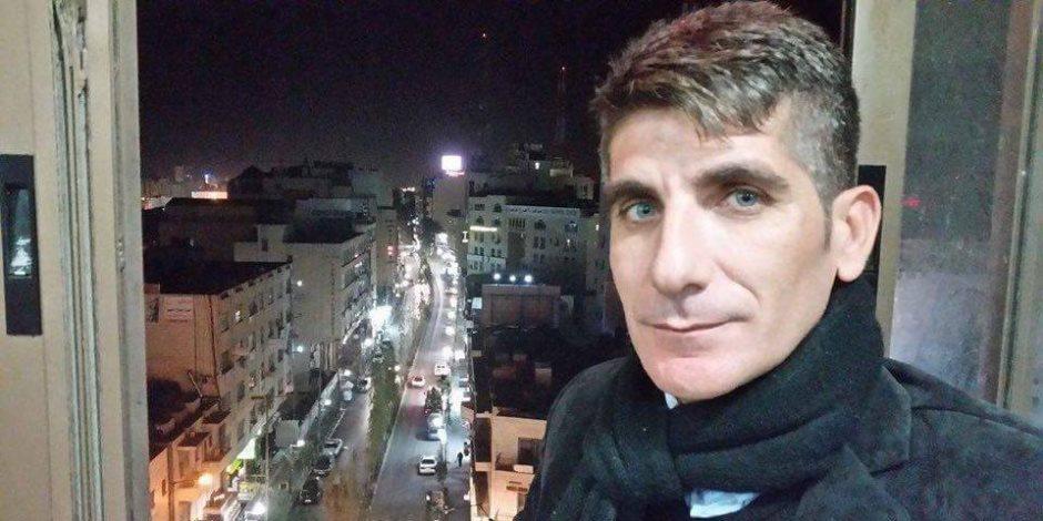 ناشط فلسطيني: حماس تسعى لتكون بديلا عن القيادة الحالية