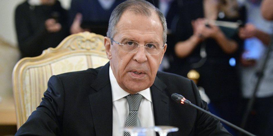 وزير الخارجية الروسي يغادر القاهرة بعد زيارة استغرقت يومين
