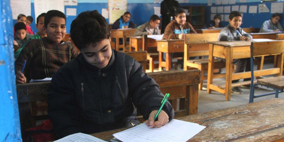 بدء امتحانات نهاية العام الدراسي للصفين الخامس والسادس الابتدائى بالإسكندرية