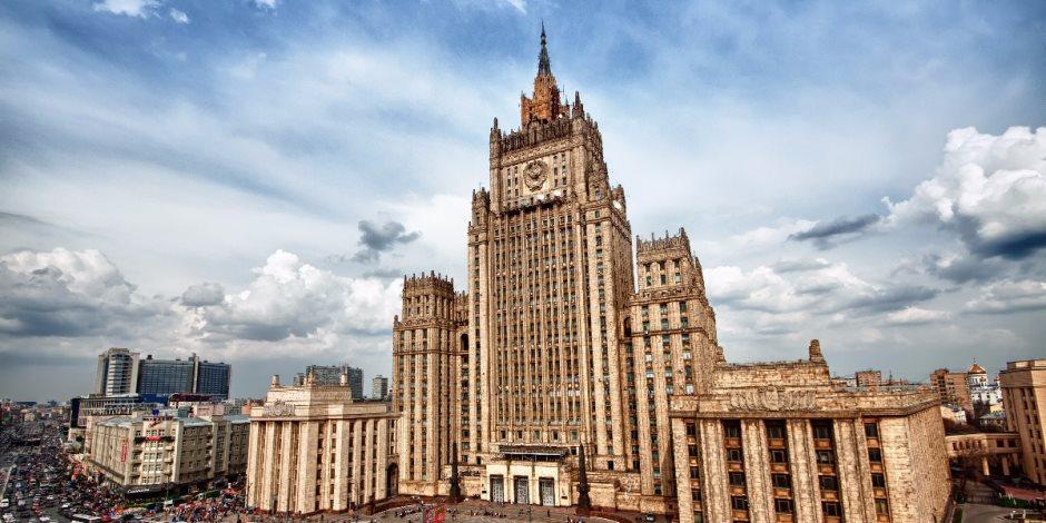 سفير روسيا في أستراليا: العالم سيدخل حربا باردة حال استمرار حملة الغرب ضد موسكو