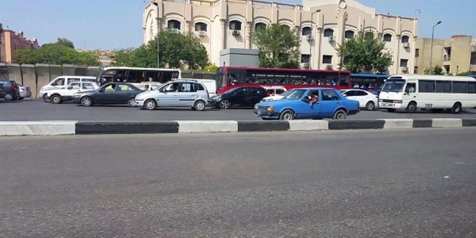 سيولة بمحاور وميادين وشوارع القاهرة والجيزة في «شم النسيم»
