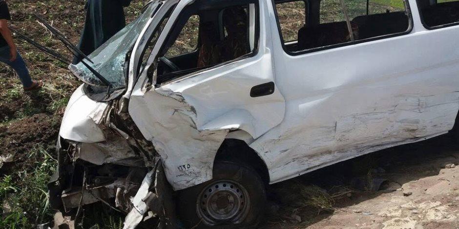 إصابة 4 أشخاص إثر حادث تصادم سيارتين في حلوان