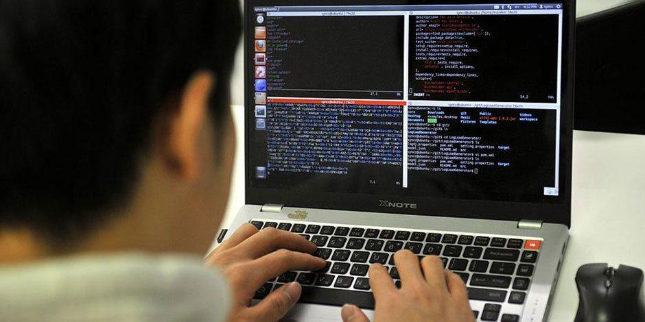 مباحث الانترنت تتحفظ على 65 صفحة تحريضية ضد الدولة